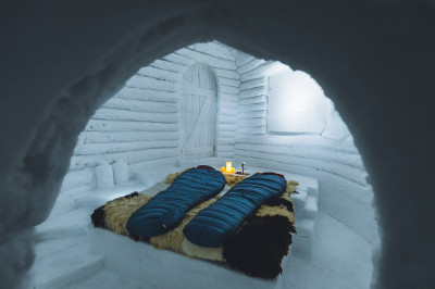 Sleep in igloo